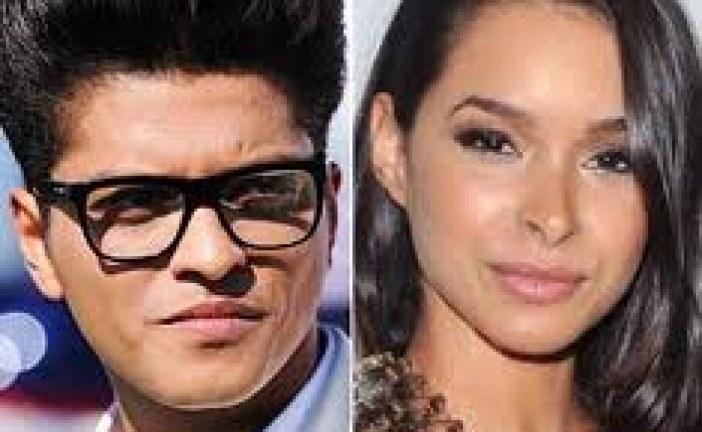 Bruno Mars Girlfriend Lives In Fear