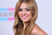 Rolling Stone Chooses Miley Cyrus Worst Dress