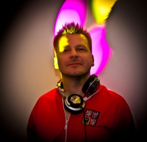 DJ Tom Joins Vyzion Internet Radio Elite Team
