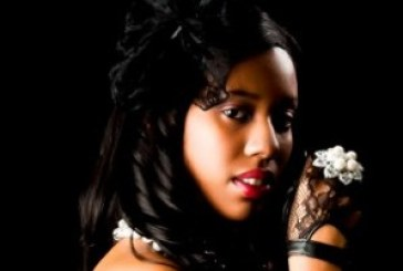 Destinie Serenity Chicago Supermodel Joins Vyzion Radio
