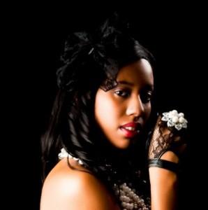Destinie Serenity Chicago Supermodel Joins Vyzion Radio