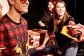 Justin Bieber Spends Thousands Makes Fans Happy