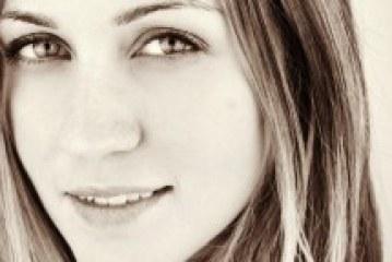 Ashley Ann Joins Vyzion Radio Elite Model Team