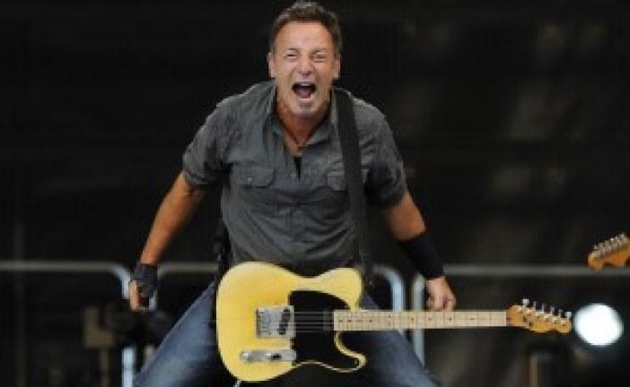 Bruce Springsteen Praises Kanye West in Interview