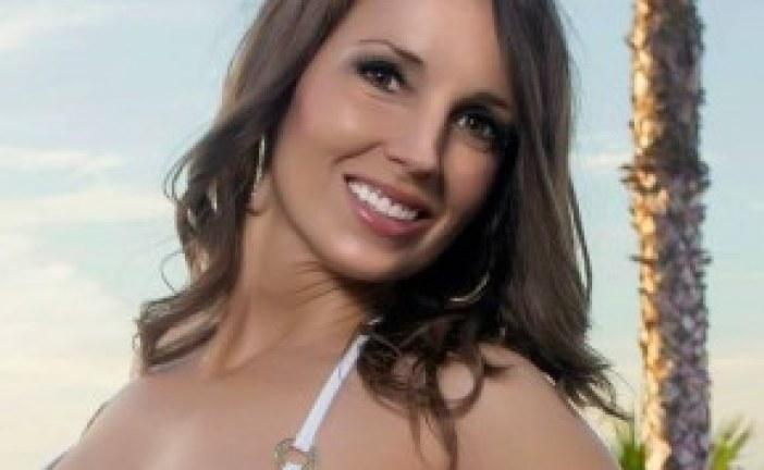 Kaye Laine Joins Vyzion Radio Elite Model Team