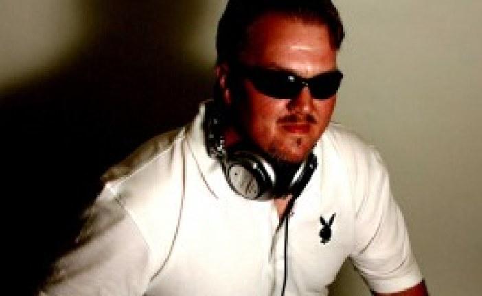 DJ Vinyl Fingers Joins Vyzion Radio Elite DJ Team