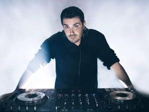 DJ KRŌM Joins Vyzion Radio Elite DJ Team