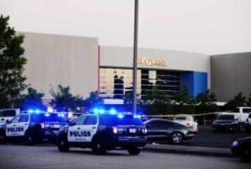 Gunman kills 3 Lafayette Louisiana Movie Theater