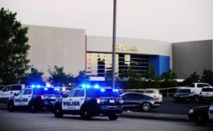 Gunman kills 3 Lafayette Louisiana Movie Theater