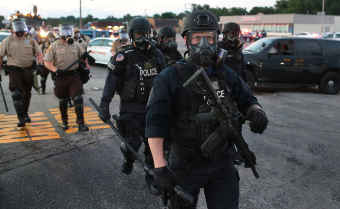 St Louis Police Teargas Protesters After Fatal Shooting