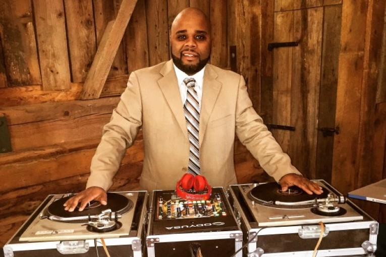 Hiphopnc DJ TY 15